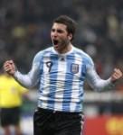 Higuaín hace historia con goleada