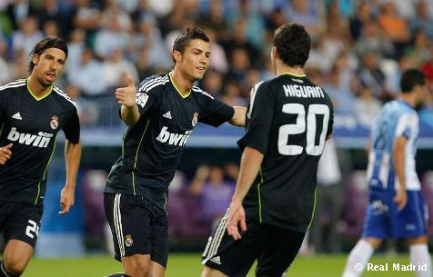 El Real Madrid golea con autoridad al Málaga, se coloca líder y ya piensa en el Milan