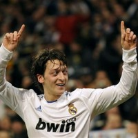 futbolife_Mesut_Ozil,_Real_Madrid